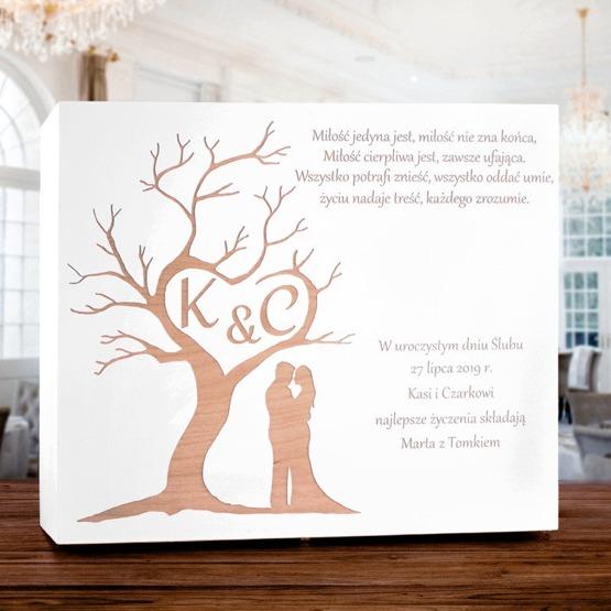 Drewniane pudełko prezentowe z okazji ślubu