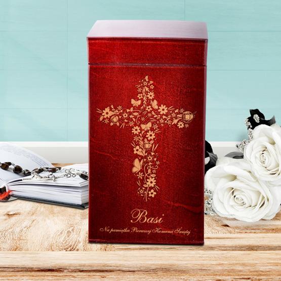 Drewniane pudełko z krówkami - Pamiątka Pierwszej Komunii Świętej - Krzyż