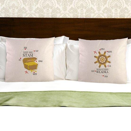 Dwie poduszki dla dziadków z imionami wnuków