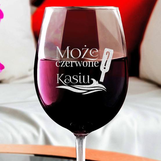 Kieliszek do wina z iminiem - Może czerwone