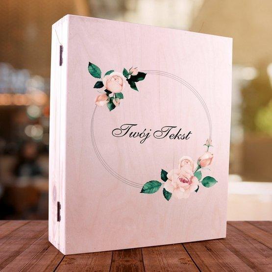 Zestaw 2 kubki + pudełko z herbatą i krówkami w skrzynce z nadrukowanym Twoim tekstem